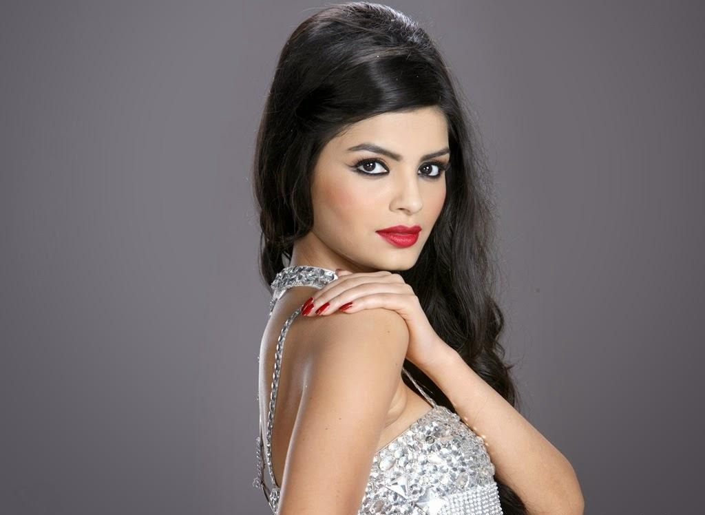SONALI RAUT UNSEEN SEXY PHOTOS AND WALLPAPERS GALLERY Page