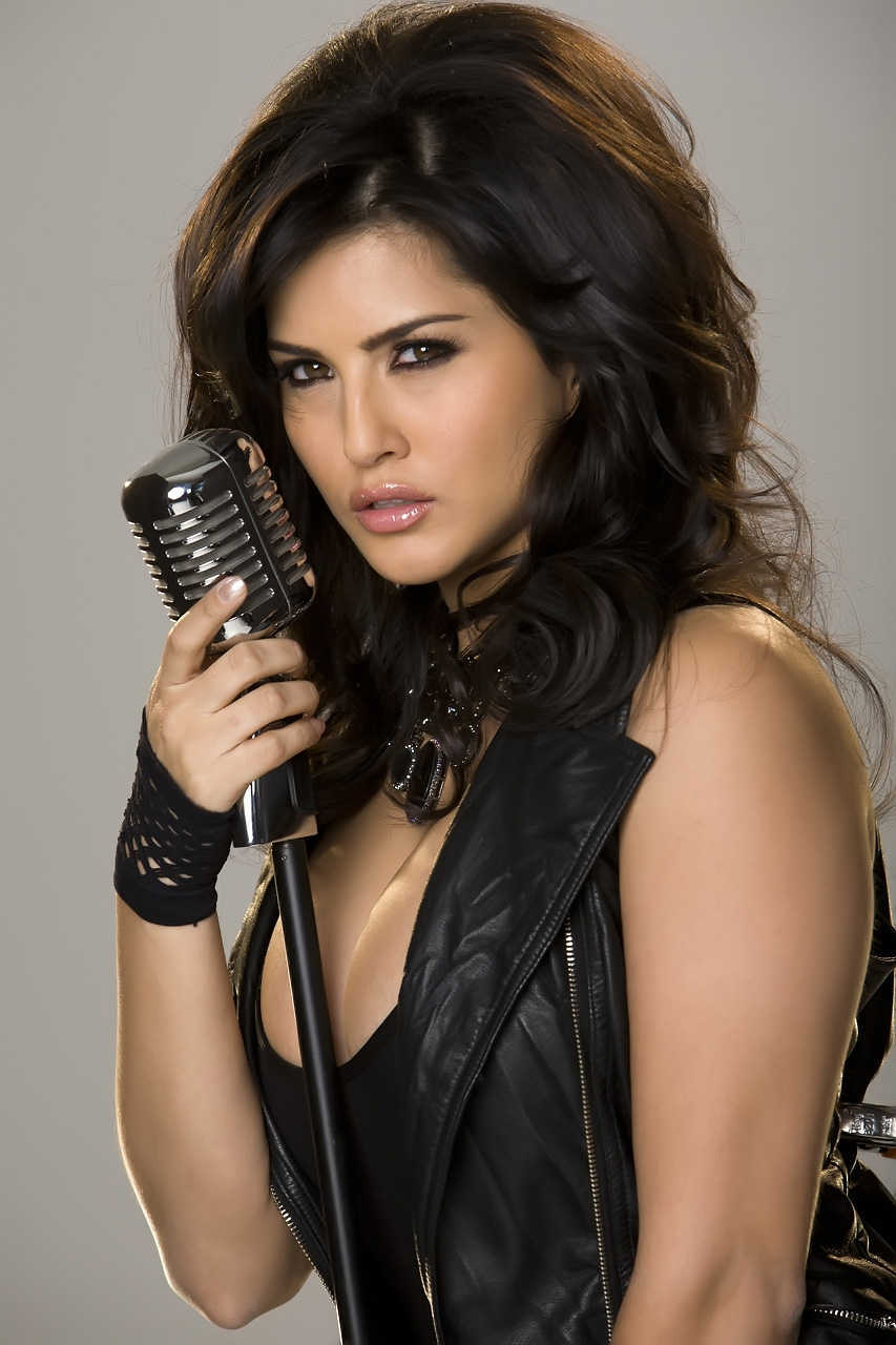 Sunny Leone HQ Wallpapers | Sunny Leone Wallpapers - 35381