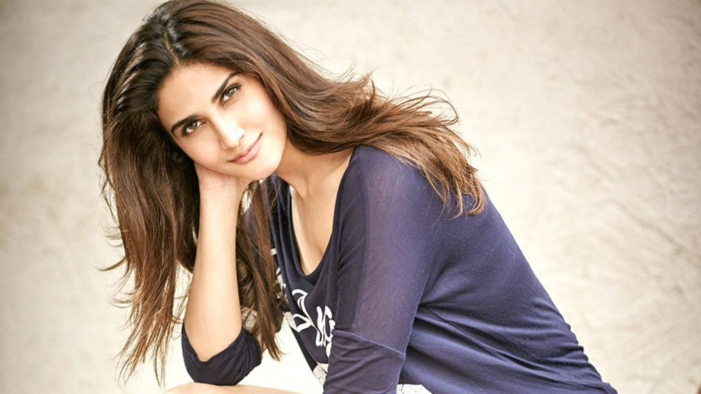 Vaani Kapoor Hot Photos And Unseen Pics Welcomenri