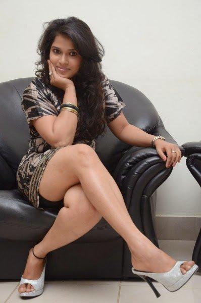 Cute & Hot Indian Beauties: Rarest Photos ~ Facts N
