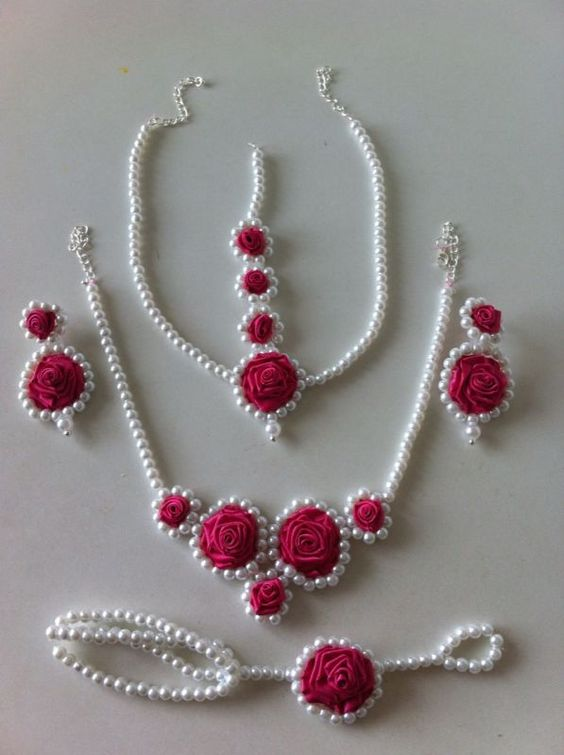 Best Beautiful Flower Jewellery Designs For Indian Brides