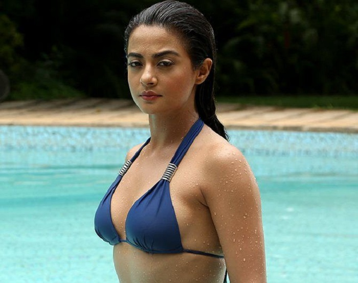 Bollywood Actresses In Bikini 31
