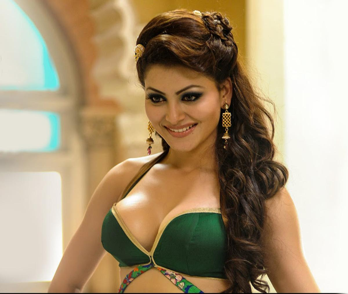 Image result for urvashi rautela sexy