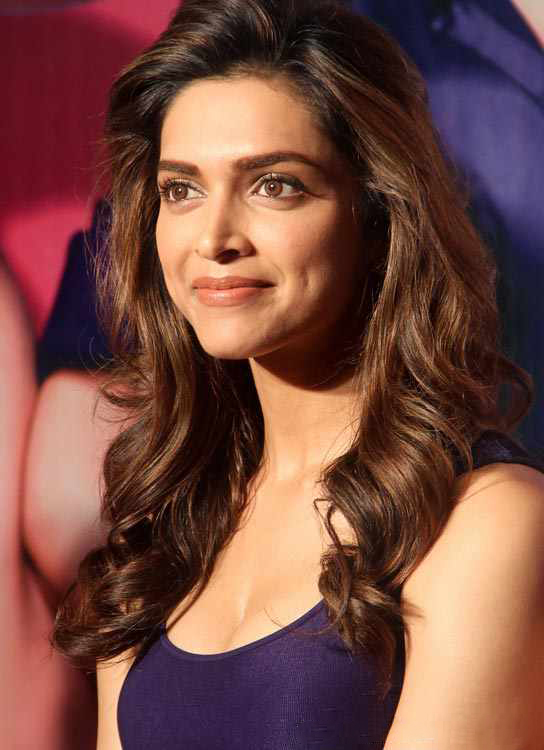 10 Highest Paid Bollywood Actress 2015 - Most Salary Per ...