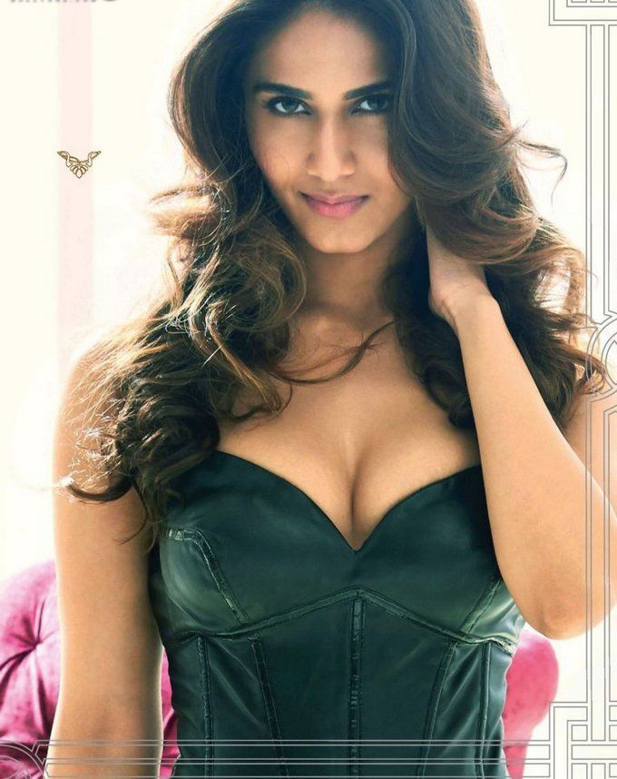 Extremely Hot Photos Vaani Kapoor Latest Hot Hd Bikini Images